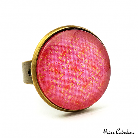 Pink cabochon ring