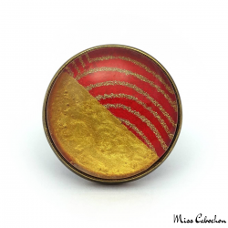 Two-tone ring red and gold