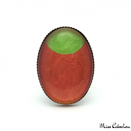 Oval fashion ring - Green Moon on Orange