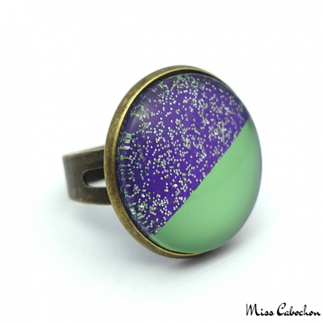 Flashy ring - Pale green and glitter purple