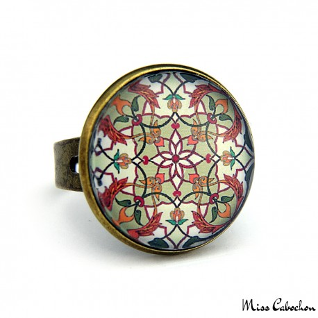 "Ring ""Eastern earthenware"""