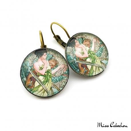 """Boucles d'oreille au style Années 1920 """"Avril par Alfons Mucha"""""""
