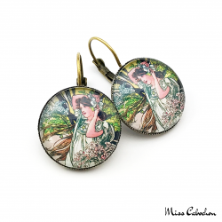 """Boucles d'oreille 1900 """"Juin par Alfons Mucha"""""""
