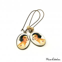 "Earrings ""The young woman with a rose"""