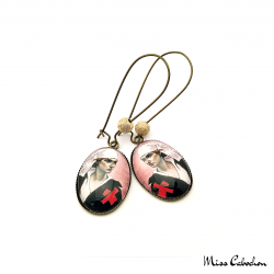 "Earrings ""The nurse"""